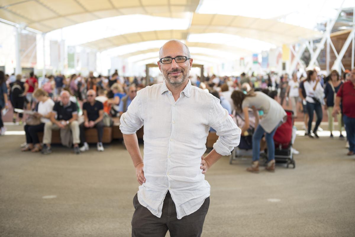 MARCO // giornalista // Milano